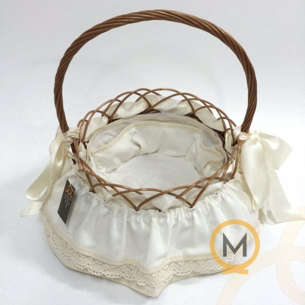 cesta mimbre de nacimiento