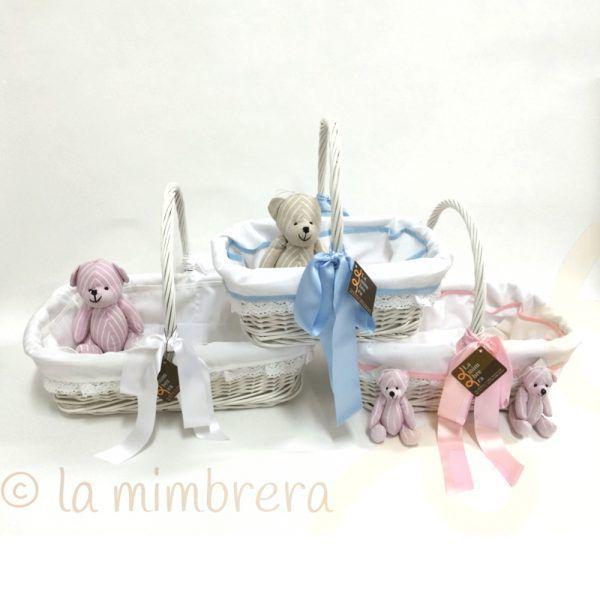 cestas prenatal de mimbre blanco vestidas