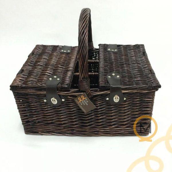 cesta picnic de mimbre color nogal para 4 personas con botelleros y bolsa térmica