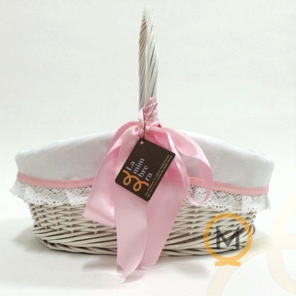 cesta de mimbre blanca prenatal